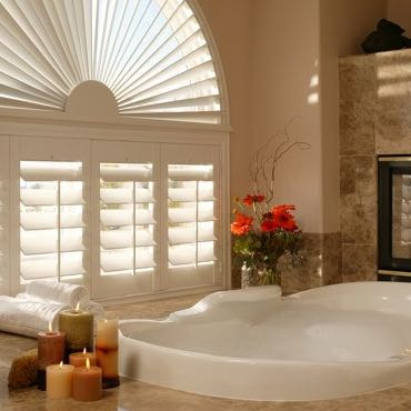 Salt Lake City bathroom plantation shutters.